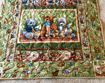 The Teddy Bear Family quilted blanket