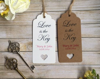 Love is the key!  Beautiful and personalised vintage skeleton key wedding favour tags!!  Elegant and fully customisable! (+ FREE SHIPPING!!)