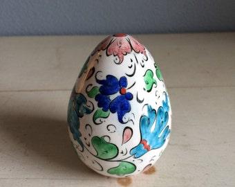 vintage, hand painted porcelain egg, white and blue, adorable, botanical