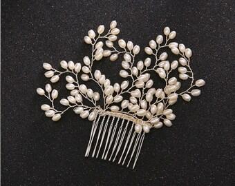 Pearl comb, rhinestone comb, pearl and rhinestone hair comb, hair comb, wedding comb, gold and rhinestone comb, bridal comb,
