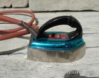 Vintage Soviet Iron Miniature Flat Iron CCCP Era Mini Iron Electric Mini Clothes Iron Travel Iron