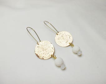 Handmade bronze earrings with white corals