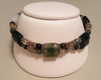 "Green Moss Agate Stretchy Bracelet - Wrist Size 7-1/4"""