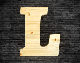Letters in wood - L