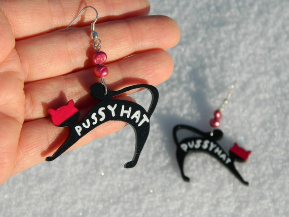 Pussyhat earrings pink cat hat jewelry women 39 s march for Cat in the hat jewelry