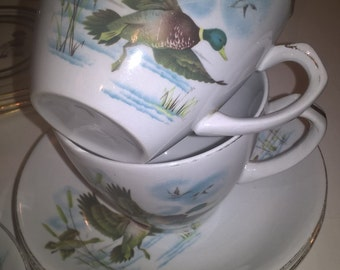 Alfred Meakin Flying Ducks cups and saucers
