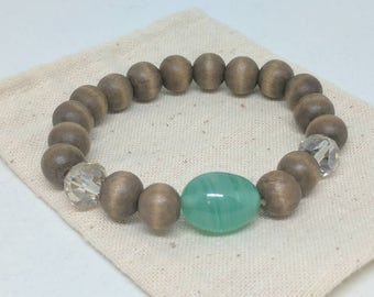 Vintage glass and graywood beaded bracelet