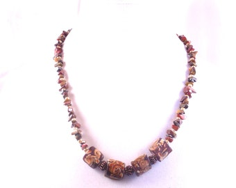 Brown Rockit Floral Necklace & Earrings