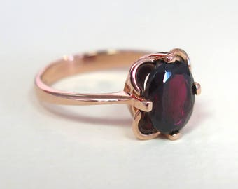 Gold Garnet ring - Solid Gold Garnet Ring - Vintage Ring - Garnet Vintage Ring - Vintage Garnet Ring - Rose Gold Ring - 14k Rose Gold Ring