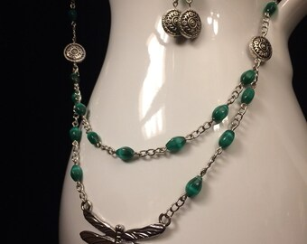 Cat's Eye and Dragonfly Earrings and Necklace Set