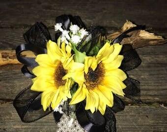 Sunflower wrist corsage snd boutonnière set