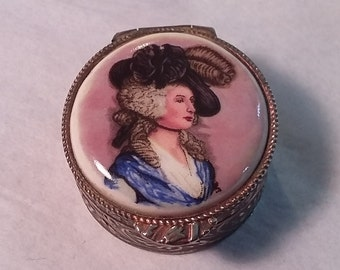 Vintage Pillbox w/ Victorian Lady Wearing Hat, Embossed Sides, Italy