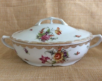 Vintage Ludwigsburg porcelain oval vegetable dish with lid
