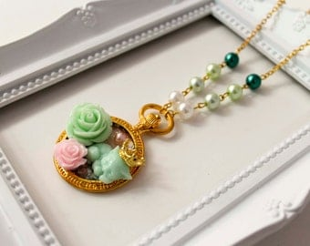 140 Nap Kitten Queen Necklace, Lolita cute kawaii gato pearl classic roses rosa glitter galaxy