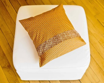 "Cushion ""Eole & honey"""