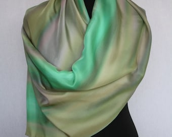 Hand-painted silk scarf (pongé 8), 160 x 45 cm, bronsgroen and grey (L-0087)