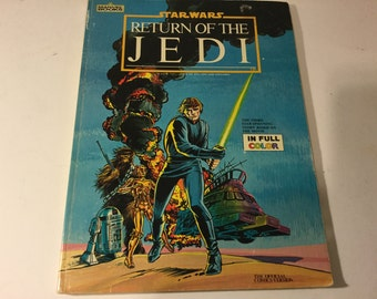 VIntage Star Wars Book Full Size - The Return of the Jedi official Marvel Comic Stan lee version full color 1983