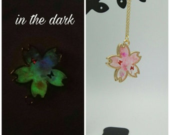 Luminous cherry blossoms necklace,Glow in the dark,resin jewelry,Pink cherry blossoms necklace,red butterfly,sakura