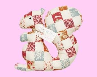 Wonderful Tilda mini sewing set: patchwork squirrel material set