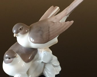 Lladro Two Birds Figurine #4667 Vintage 1970 Retired