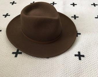 Vintage 100% Wool Felt Hat