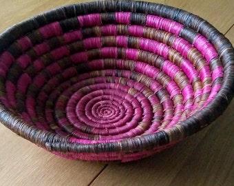 Woven Basket // Rwandan Basket // African Basket // Fruit Bowl // Pink // Brown
