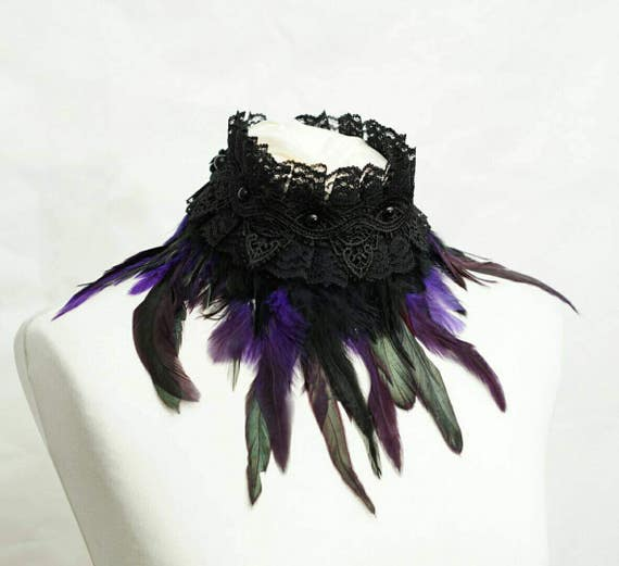 Purple black gothic chocker with feathers and lace / collar gothic with feathers and lace