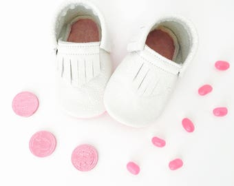 """Shimmering White & Pink Moccasins in 4.5"""" soles"""
