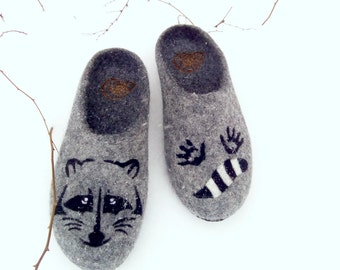 Women Wool Felted Slippers Racoon Gray Vegan Shoes Raccoon Coon Felt Animal Painting Clogs Sister Brother Mother Gift