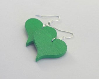 Heart Stud Earrings made of wood in green grass