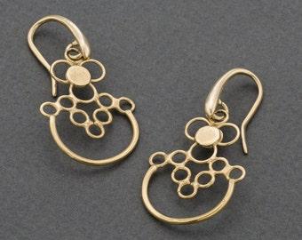 gold dangel earrings,lightweight gold earrings,gold plated earrings,unique gold earrings,stylish earrings,gift for mam,woman gift
