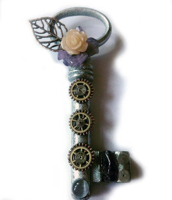 "Steampunk pendant Steampunk-key Key ""Rose mineral"" by SteamyWonders"