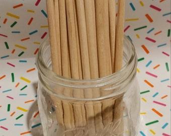 25 Candy Apple Sticks