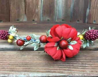Christmas headband, holiday headband, Christmas head piece, berry headband, holly crown, mistletoe crown, holiday flower crown