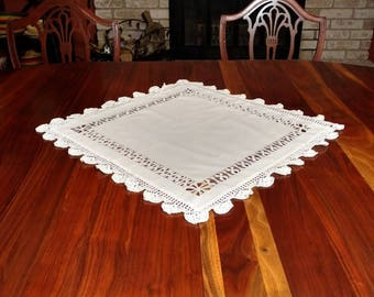 Vintage Cotton and Crochet Table Runner