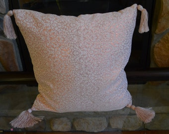 "Throw pillow cover,Hand made pillow cover, 20""x20"", Pink Cushion cover, pillow cover, Decorative pillow cover with fringes"