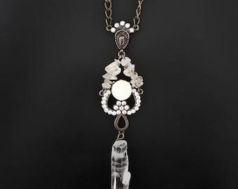 Rough Cut Quartz Crystal Necklace / Natural Gravel Raw Crystal Pendant / Bronze Crystal Necklace with Rhinestones Crystal Color