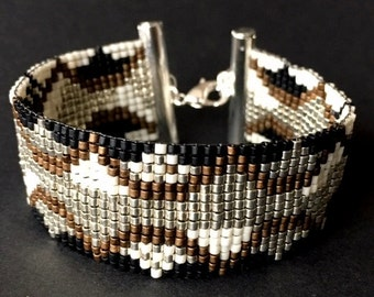 Bead Loom Bracelet/Boho Bracelet Golden-Copper-Ivory-Black