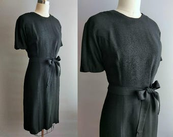 forever dress / 1960s basic black dress with inverted pleat skirt and tie belt / 14 16 large xl