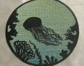Embroidered Jellyfish Ocean Silhouette Blue Ombre Circle Patch Iron On Sew On USA