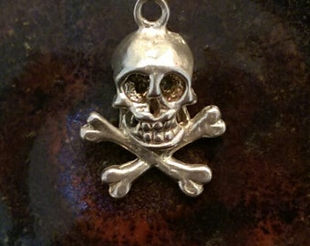 Vintage sterling skull and crossbones pirate charm pendant or keychain charm