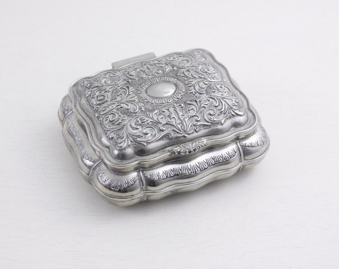 Vintage jewelry box, Japanese metal jewellery box, trinket box, metal casket, dressing table box, vintage home decor gift for her