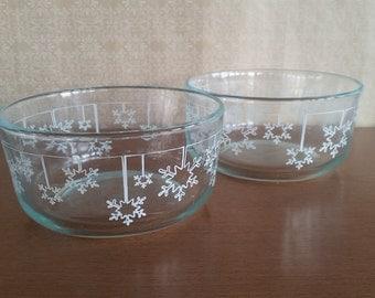 Pyrex Christmas Snowflake Clear Mixing Bowls