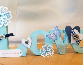 Wooden Plaque/Word/Sign/Ornament/Decoration - Love - Blue and White - Flowers/Hearts/Butterflies/Decorative/Gift/Celebration