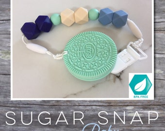 Silicone cookie - baby toy - mint - newborn baby gift - sling - chew toy - teething - nursing toy - baby shower - new mom - wrap