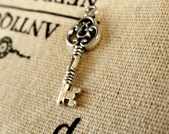 Key silver 10 charms vintage style  jewellery supplies C229