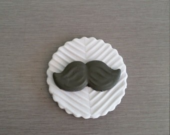 6 x Moustache cupcake toppers, moes