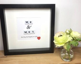 Wedding present, Wedding gift, Personalised gift, Mr & Mrs,