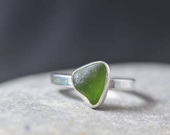 Green Seaglass ring, Size O