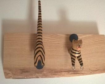 Baby tiger wall coat rack hanger Portabigiotteria